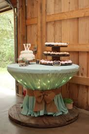 Round Decorator Table by Best 25 Burlap Tablecloth Ideas On Pinterest Burlap Wedding