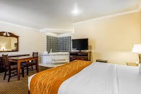 Comfort Inn By The Sea Monterey King Room Tub Picture Of Comfort Inn Monterey By The Sea