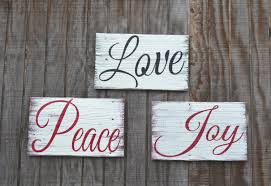 Love Home Decor Sign by 15 Incredible Christmas Sign Decorations Style Motivation