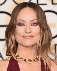 9 of the most beautiful golden globes makeup looks you ll want to try brit co