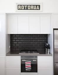Kitchen Ideas Nz Best 25 Black Splashback Ideas On Pinterest Modern Kitchen