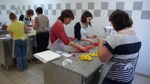 cours de cuisine macarons cours de cuisine en sarthe tarifs et prestations des ateliers