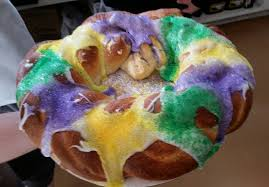 new orleans king cake delivery where to get king cake in new orleans hi do bakery