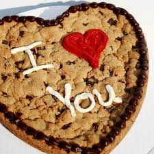 cookie gram cookiegrams the ultimate customized cookie heart shaped cookie