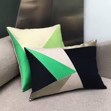 coussin design pour canape maison popineau une dominante verte pour vos coussins de canape design