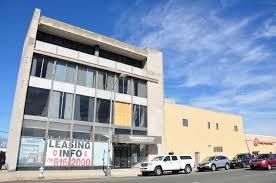 developer looking turn vacant park ave building into
