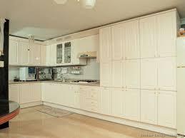 Kitchen Cream Cabinets Bright Colored Kitchens Kitchen Cream Cabinets With Glaze Antique