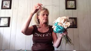 wedding bouquets with seashells how to make a seashell bridal wedding bouquet