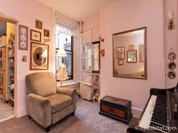 new york roommate room for rent in upper east side 3 bedroom new york 3 bedroom roommate share apartment living room ny 15738 photo