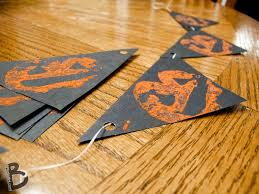Halloween Garland Craft by Two Halloween Jack O Lantern Stamp Crafts Made Using An Apple