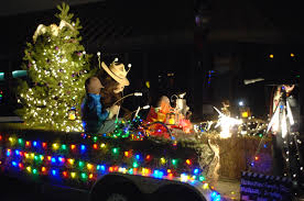 christmas light parade floats lighted christmas parade delights one and all silver city daily press