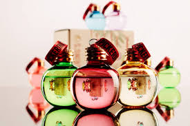 pickering u0027s gin christmas baubles alcohol filled holiday ornaments
