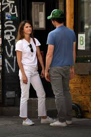 Keri Russell Vanity Fair Russell And Matthew Rhys Walking Around Soho In New York City