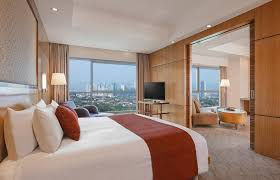 executive suite 5 star hotel manila diamond hotel hotel crowne plaza galleria manila philippines booking com