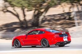 does the shelby gt350r make more power than the gt350