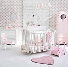 chambre fille romantique chambre bébé idées déco pour s inspirer le déco de maisons