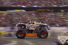 monster truck videos for monster jam pioneer tom meents lands double back flip in max d