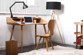 petit bureau de travail petit bureau design pas cher table de bureau en bois reservation