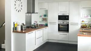 cuisine bois blanche design d intérieur cuisine amenagee bois en clair cuisine amenagee