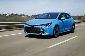 toyota cars usa toyota hopes to sell more stick shifts with the 2019 corolla hatchback