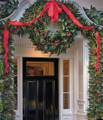 a welcoming holiday entryway in four easy steps frontgate blog
