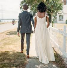 casual backyard wedding dresses ideas handmade backyard wedding