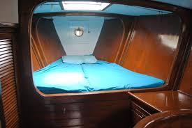 v berth u2013 accessible chainlocker in front sail storage