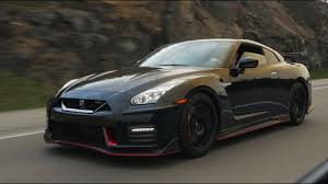 2017 nissan gt r nismo 2017 nissan gt r nismo review the r35 gets a makeover youtube