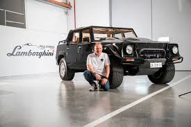 lamborghini humvee lamborghini urus will be even cooler than the lm002 automobile