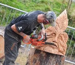 712 best chainsaw carving images on pinterest chainsaw carvings