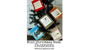 Christmas Book Ornaments - tutorial felt mini christmas book ornaments plus a free