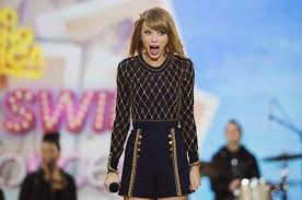 gifts for taylor swift fans taylor swift surprised her fans with christmas presents and their
