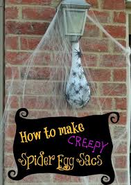 Quick Easy Outdoor Halloween Decorations by Best 25 Halloween Spider Decorations Ideas On Pinterest