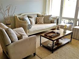 How To Decorate Your Home On A Budget Ask A South Florida Expert Decorating Your First Apartment On A
