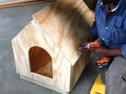 house plan how to build a simple gabled roof doghouse how tos