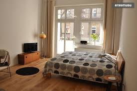 one room apartment with balcony flat rent berlin
