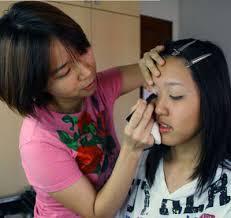 Makeup Artist Jobs Jobs 101 Make Up Artist Youth Sg
