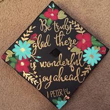 graduation cap decorations decorating cap and gown best 25 decorated graduation caps ideas on