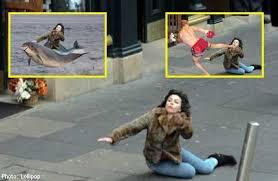 Scarlett Johansson Falling Down Meme - scarlett johansson becomes meme sensation after falling down in