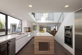 cuisine blanche plan travail bois incroyable cuisine blanche plan travail bois 1 13 exemples de