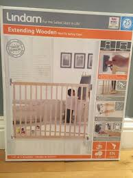 Baby Stairgate Lindam New In Box Stair Gate Extending Wooden Wall Fix Safety