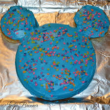 super simple diy mickey mouse cake experiencing parenthood