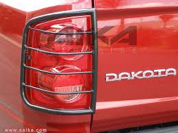 98 dakota tail lights saika enterprise b 05 11 dodge dakota b black tail light guards