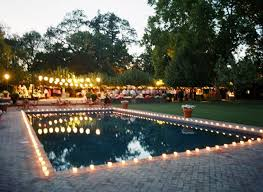 Simple Backyard Wedding Ideas by Best 25 Pool Wedding Decorations Ideas On Pinterest Pool