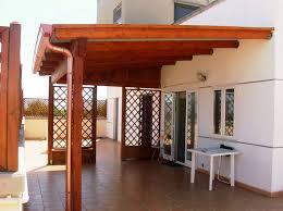 struttura in legno per tettoia copertura terrazzo in legno pergole e tettoie da giardino come