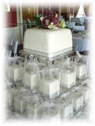 individual wedding cakes i am in with these individual wedding cakes done up as gifts