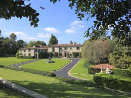 Calabasas Ca Celebrity Homes by The Richest Neighborhoods In Los Angeles Curbed La
