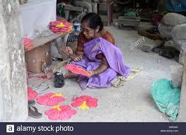 kolkata india 21st sep 2016 artisan paint durga idol mud