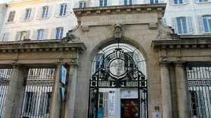 chambre de commerce et d industrie de marseille plan social à la cci 125 départs 34 licenciements
