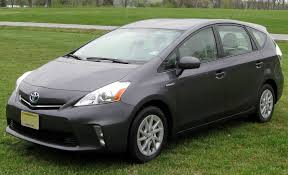 2012 toyota prius in file 2012 toyota prius v three 03 30 2012 jpg wikimedia commons